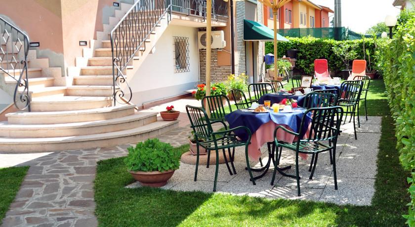 Villa Chiara Camere Lazise